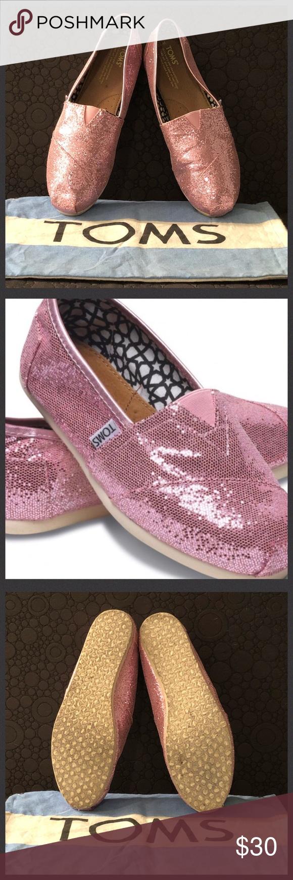 """ed250a0bab32 TOMS Pink Glitter Women's Classic Slip-Ons • TOMS Classic Canvas slip ons • Women's  size 10 • Pink glitter upper • Elastic """"V"""" for easy on/off • Molded ..."""