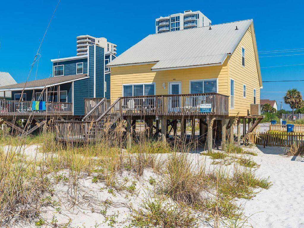 Super House Vacation Rental In Gulf Shores Al Usa From Vrbo Com Home Interior And Landscaping Mentranervesignezvosmurscom