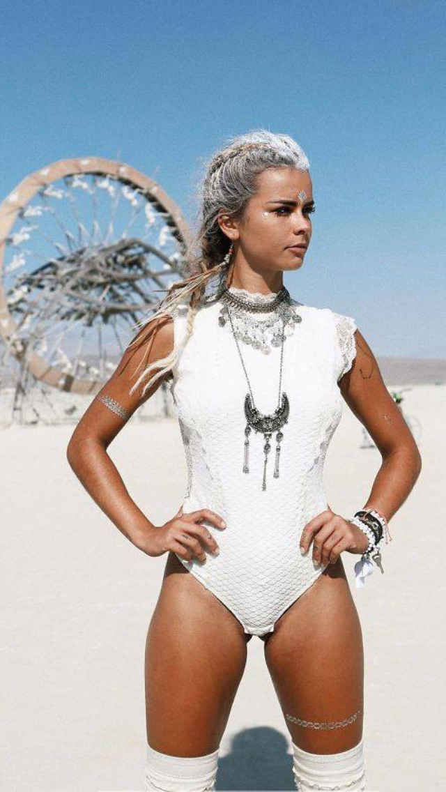 Love This All-White Playa Look  Burning Man Fashion -1979
