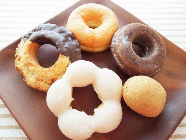 セブンイレブンのドーナツ5種を徹底比較!口コミ人気順に食べてみた!  今一番人気のドーナツはどれ?