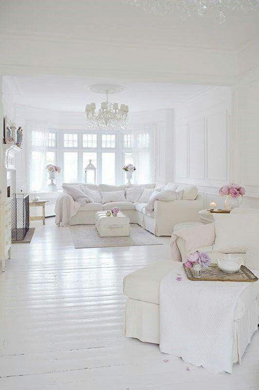 Décor blanc tout blanc literie blanche salons ouverts deco blanche façade maison intérieur maison de campagne idées pour la maison déco salon