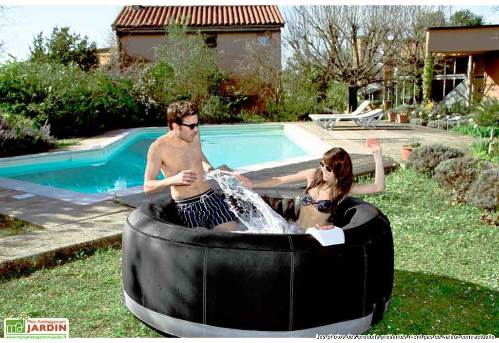 Jacuzzi Spa Gonflable Succès Luxe 4 places Spa, Backyard and Spaces