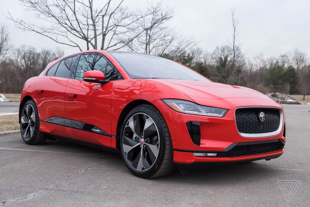 Jaguar I Pace Gains 12 Miles Of Range In New Software Update Electric Cars Jaguar Software Update
