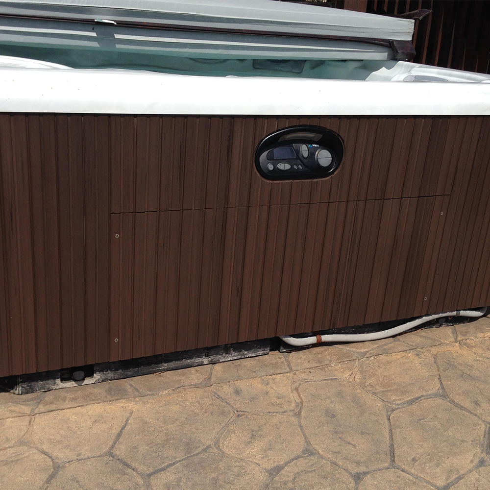 This Old Hot Tub S Siding Looks Brand New If You Own A Hot Tub Then Certainly You Know All About The Maintenance And Clea Clean House Restoration Home Hacks