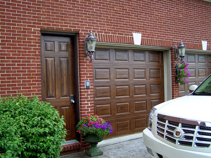 How to paint your boring metal garage door to look like for How to paint faux wood garage doors