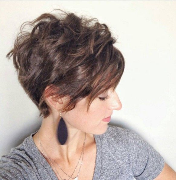 20 Lovely Wavy & Curly Pixie Styles: Short Hair -
