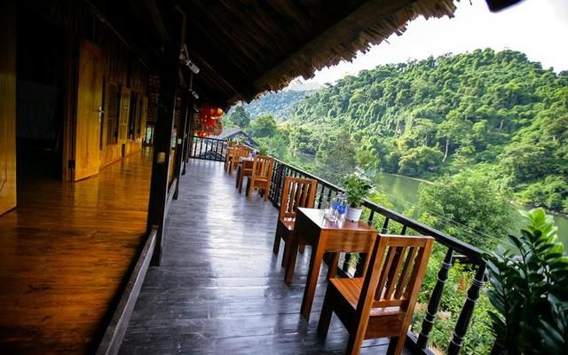 Stay at a beautiful location 4-hour drive from Hanoi - https://www.i-likelocal.com/activities/vietnam/trek-and-tour/trekking-boat-ride-and-a-lot-of-fun/