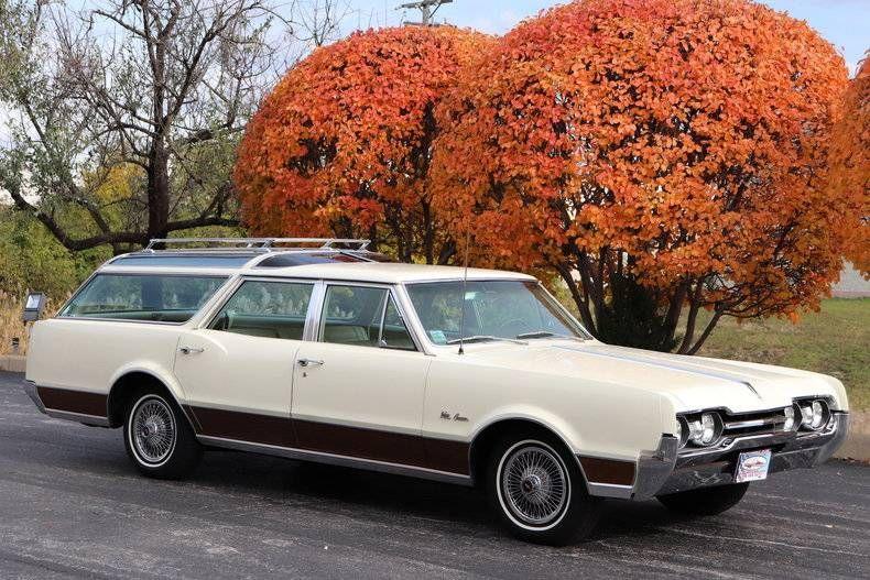 1967 Oldsmobile Vista Cruiser For Sale 2030176 Hemmings Motor News Vista Cruiser Oldsmobile Cruisers