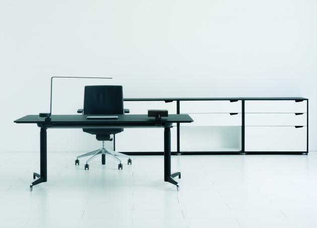 Genese Desk Design: Voss & Hedlund