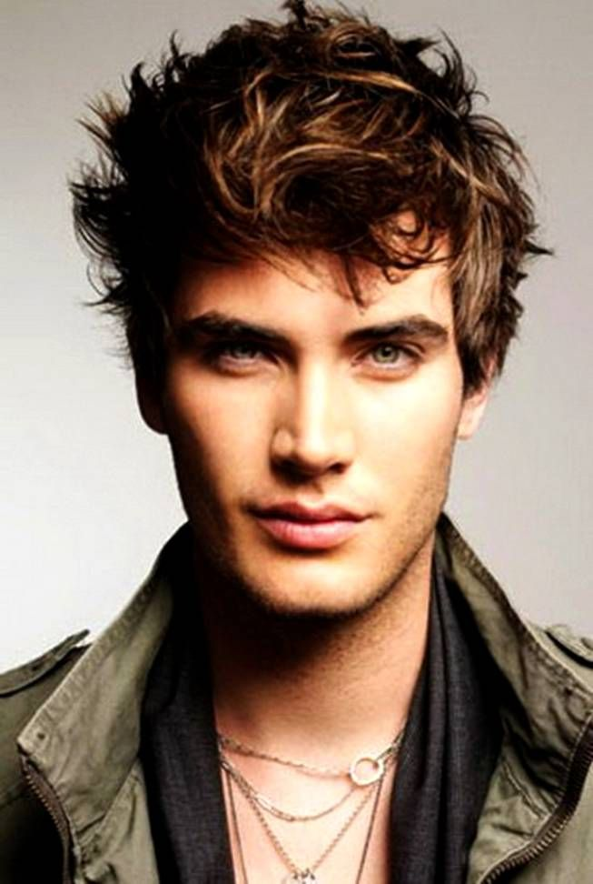 Hairstyles For Men With Big Foreheads Mesmerizing Awesome Cool Haircuts For Guys With Big Forehead  Men's Haircut