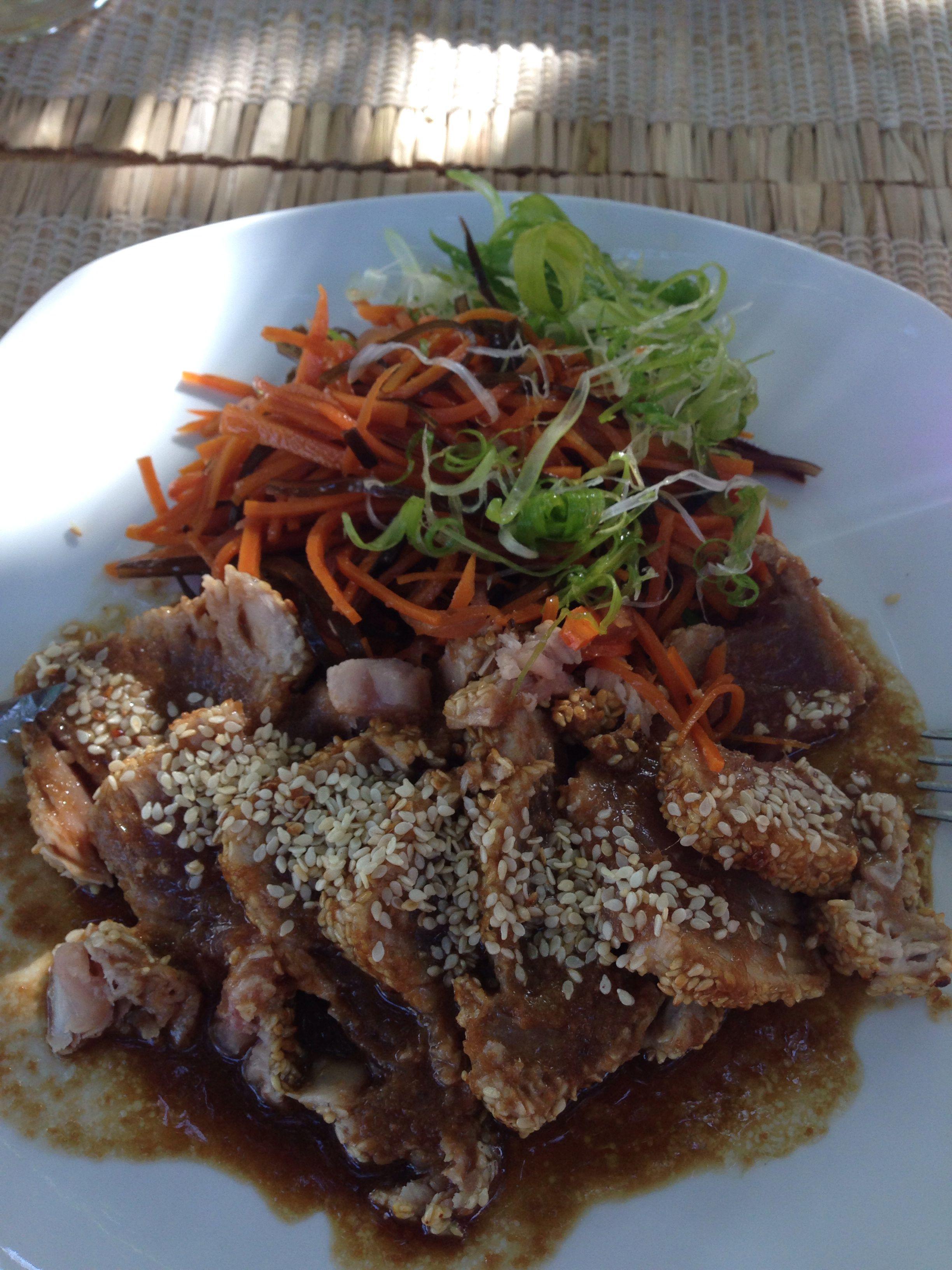 Comida meio caribenha meio asiática em Barra Grande -Pi
