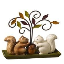 Adorable squirrels...they're salt and pepper shakers...$25.99