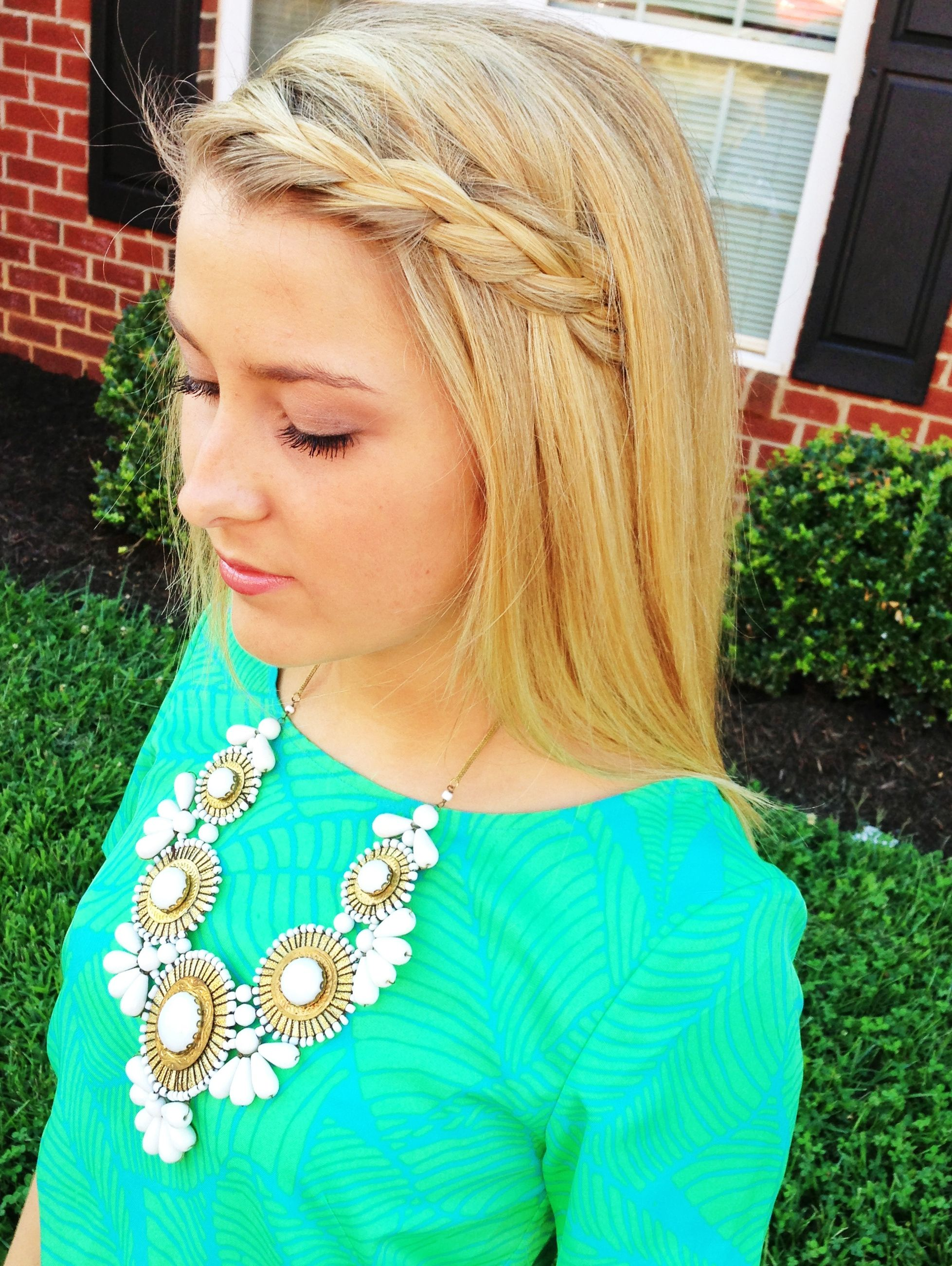 hannahshanae~ she's perfect. love the shirt and necklace