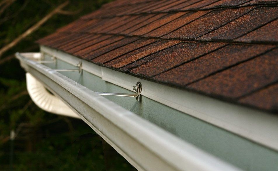3 Ways To Eliminate Leaks In Your Eavestrough House Reno