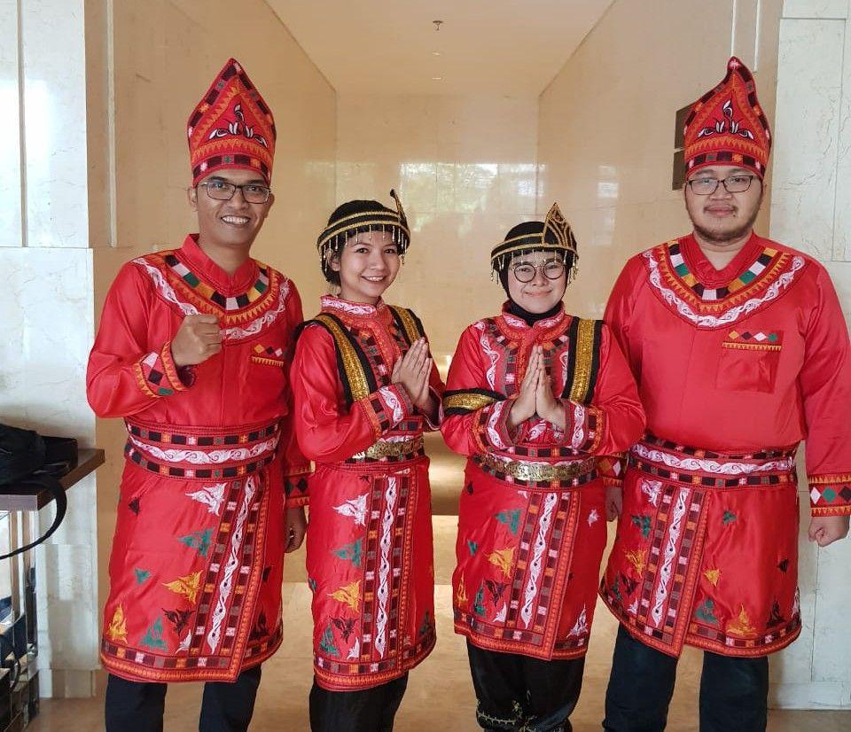 Pakaian Adat Dari 34 Provinsi Di Indonesia