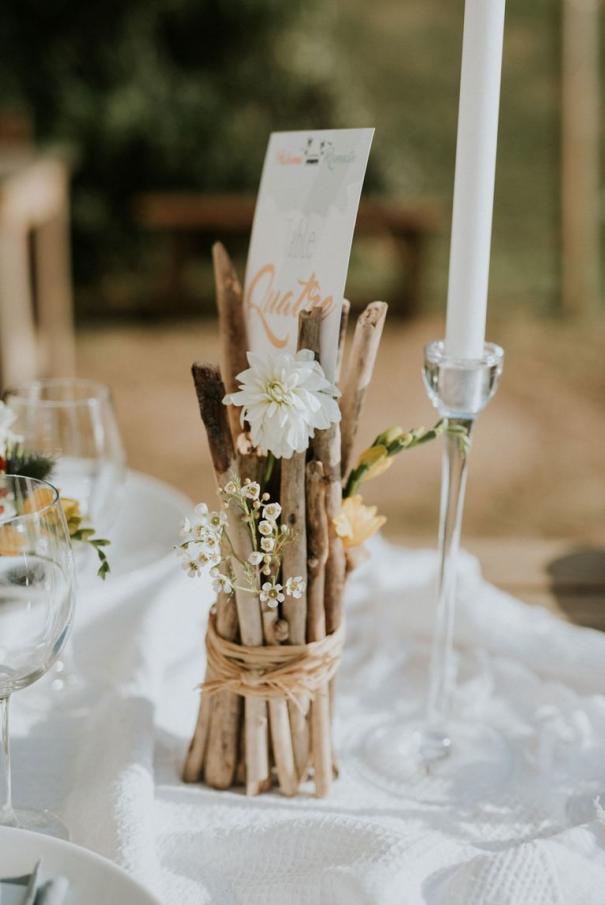 Centre De Table Bois Flotte Diywedding Diy Wedding Diy Wedding Decorations O In 2020 Rustic Wedding Centerpieces Rustic Beach Wedding Wedding Table Centerpieces