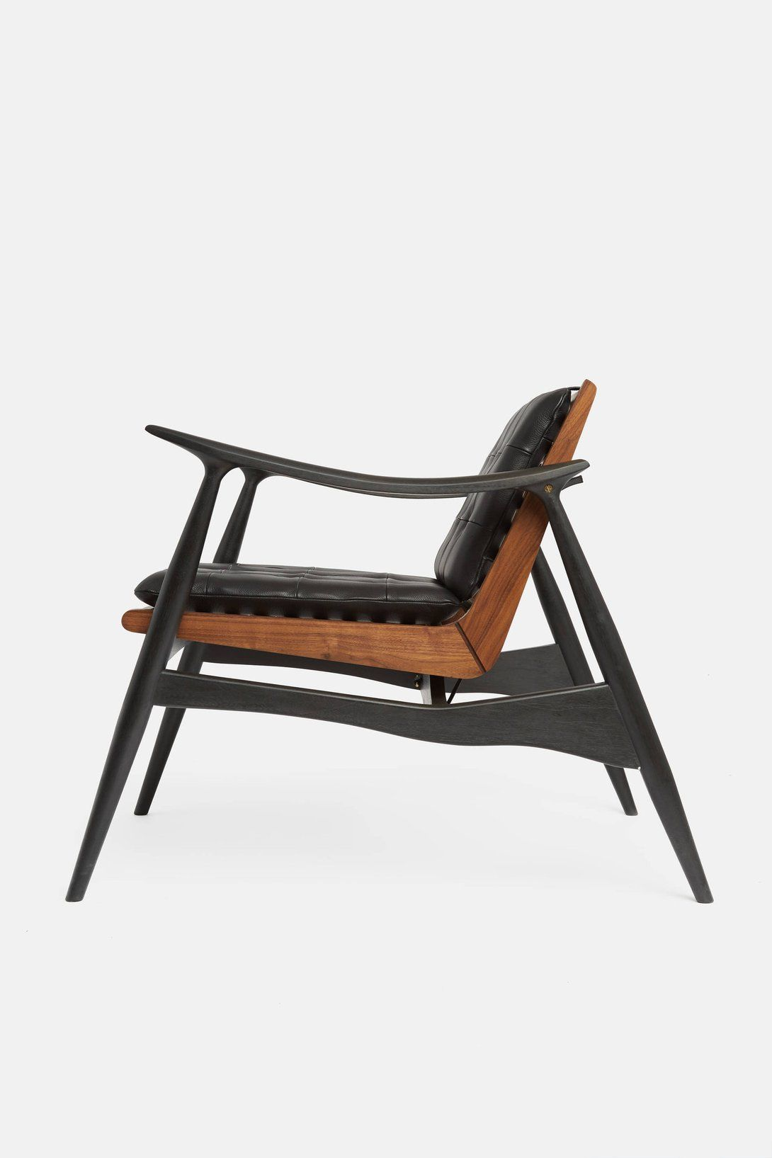 Elmo folding chair - Matte Black And Walnut Atra Chair With Black Leather Cushions