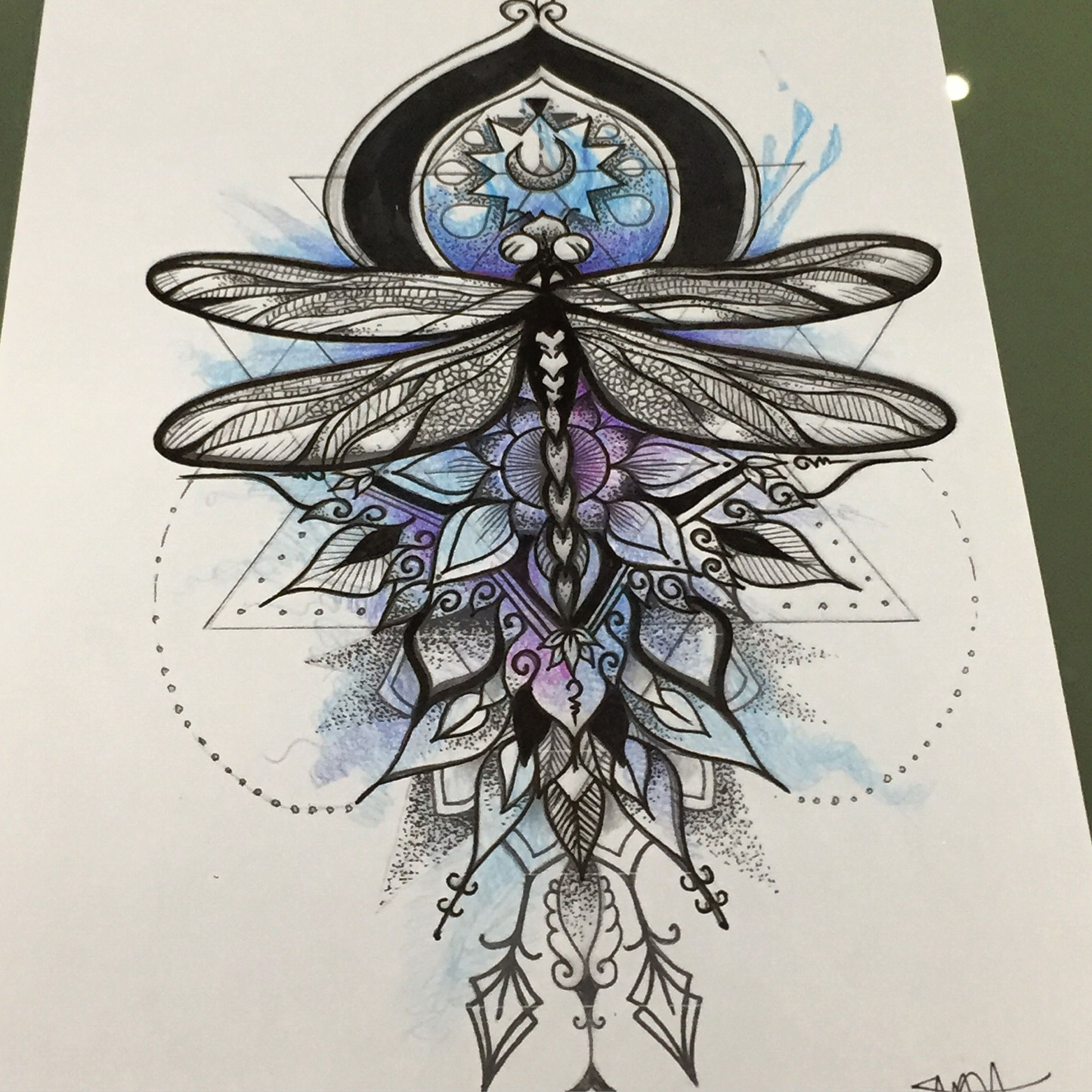 Amazing dragonfly skizze mandala and watercolor combination at