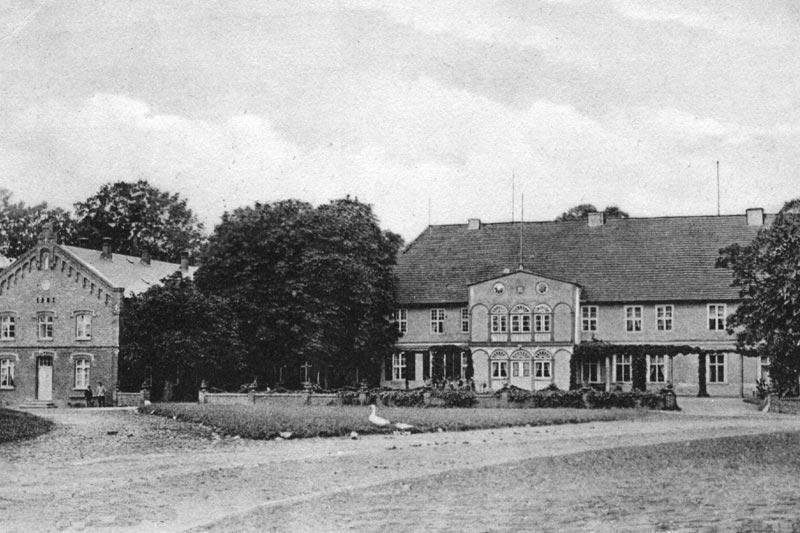 Guts- & Herrenhäuser / Gutshäuser - B / Breesen, Neubr.-burg
