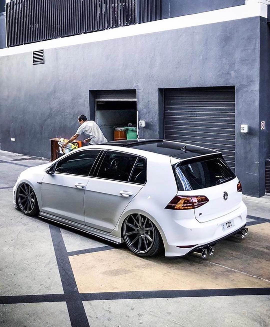 Mk7 R Rate It 1 10 Photo Via Tidy7r Mk5 Gti Vwgolf Vwlove Mk4 Golf R32 Mk6 Mk7 Golf4 Golf5 Golf6 G Carros Carros Personalizados Acessorios Para Motos