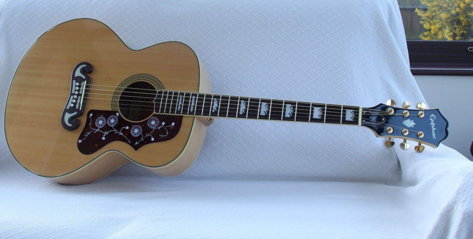 Epiphone EJ200 NA Acoustic Guitar with case | Acoustic guitar ...