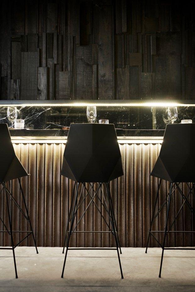 Bouet restaurant en valencia alfonsocalza diario design 7 wall decoration pinterest - Wall bar counter ...