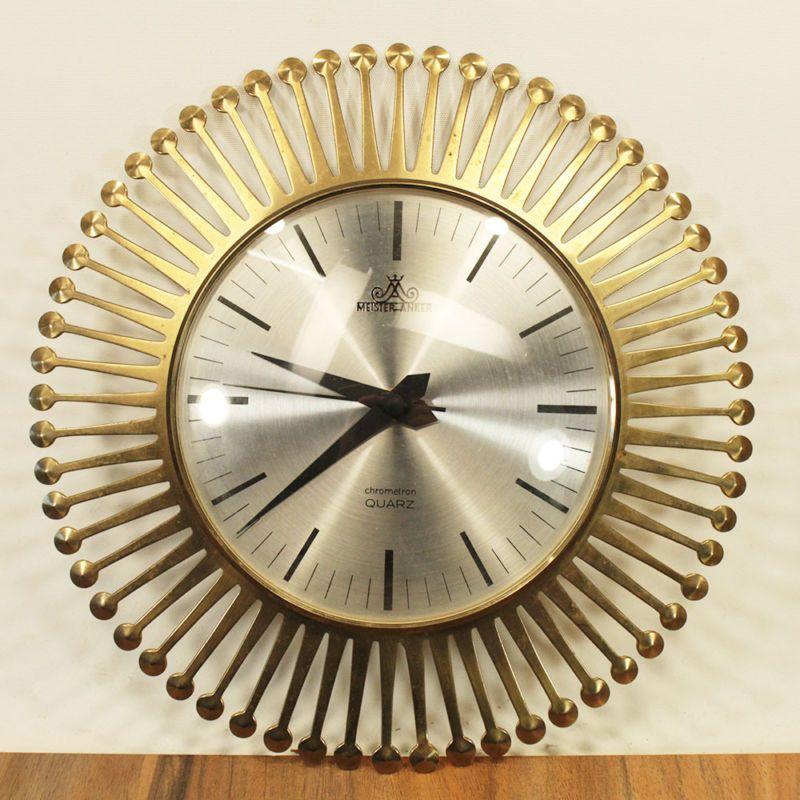 Pin Von Carine Schiettecat Auf Zonnespiegels Metall Wanduhren Grosse Uhr