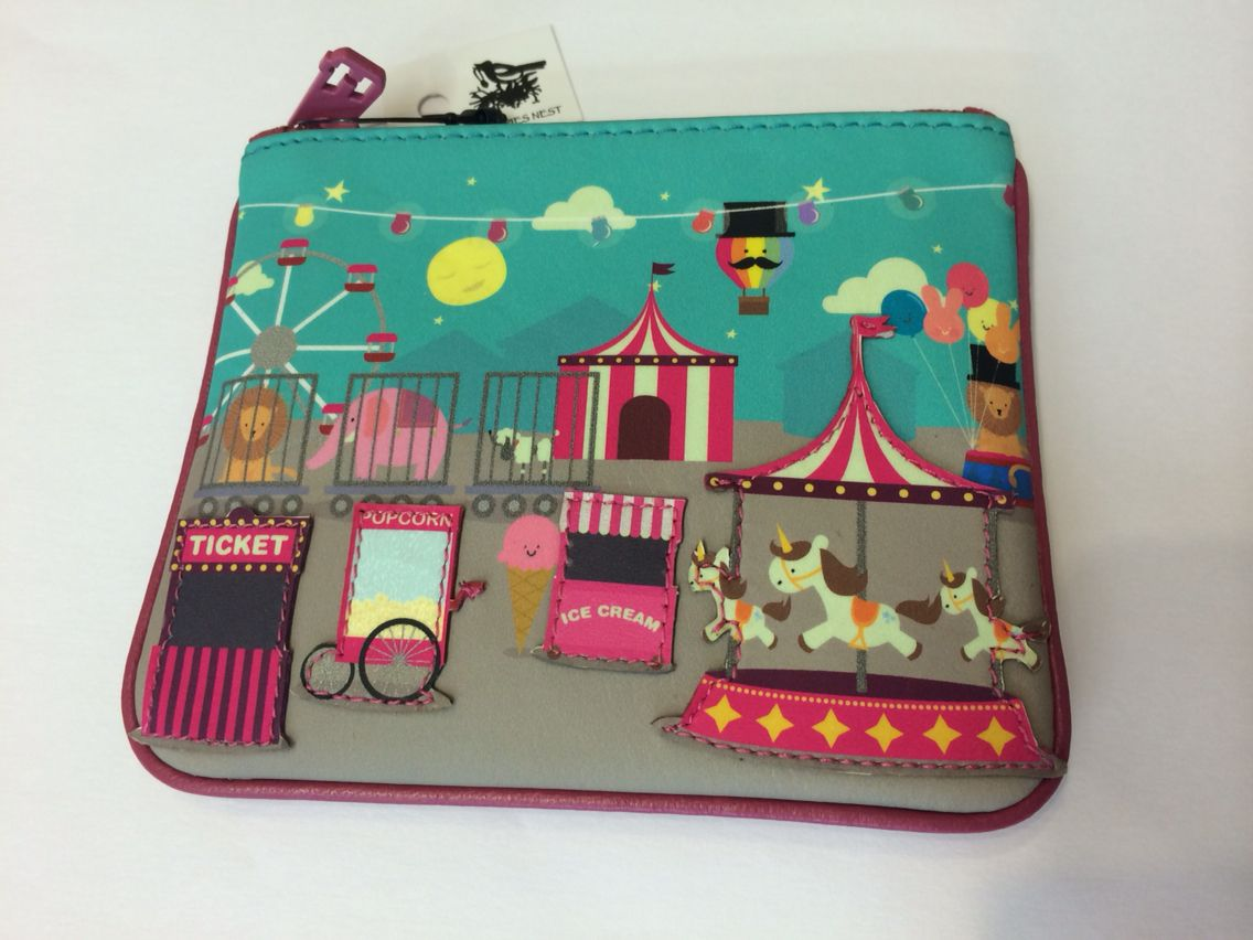 Cute fairground coin purse £11 from the nest.#purse #leather #funfair #leather #cute #mymagpiesnest
