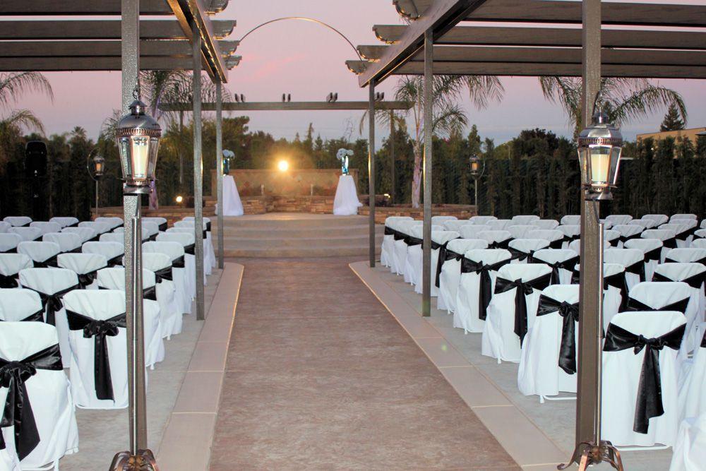 wedgewood wedding banquet center in fresno california for an outdoor wedding venue