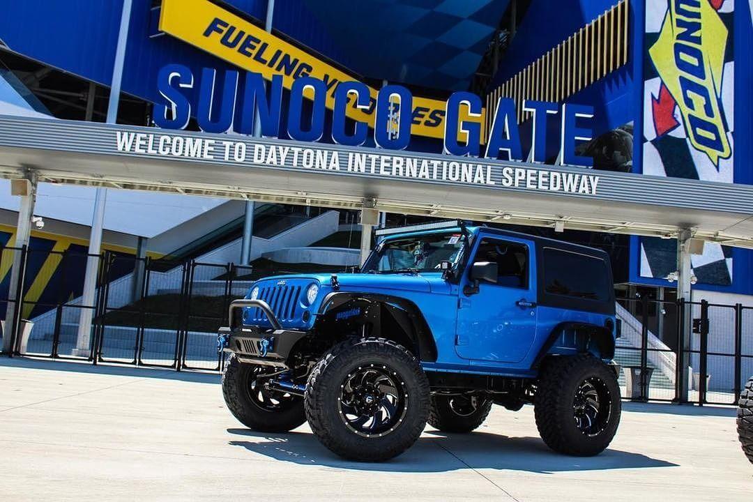 Blue Jeep Jk 2 Door Showing Off Blue Jeep Jeep Blue Jeep Wrangler