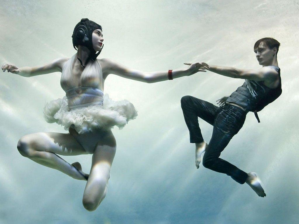 Janette manrara wedding dress  DancinPhotos Zena Holloway  UnderWater Photography  dance figures