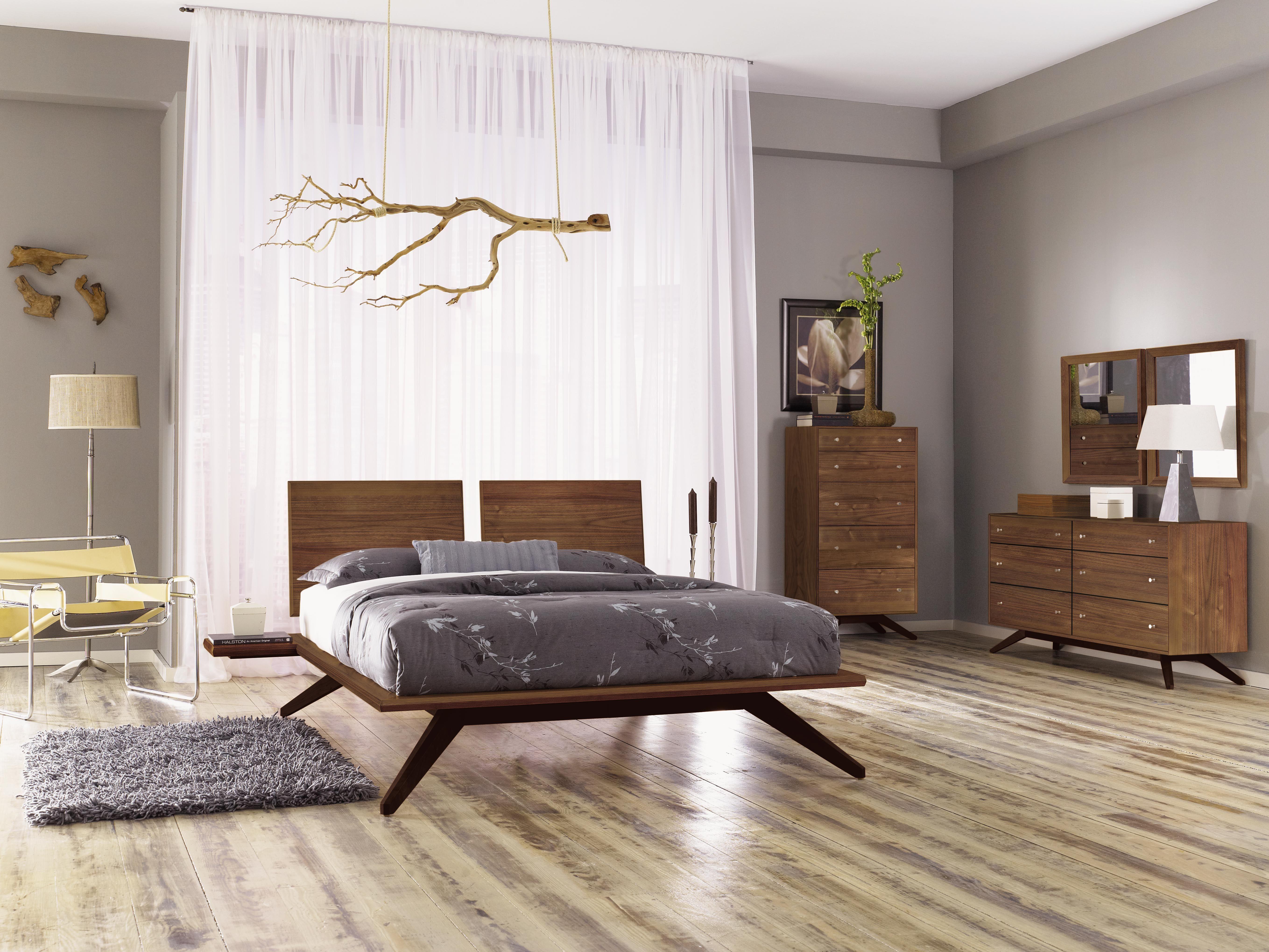 Best Astrid Queen Bedroom Set In Walnut At Smartfurniture Com 400 x 300