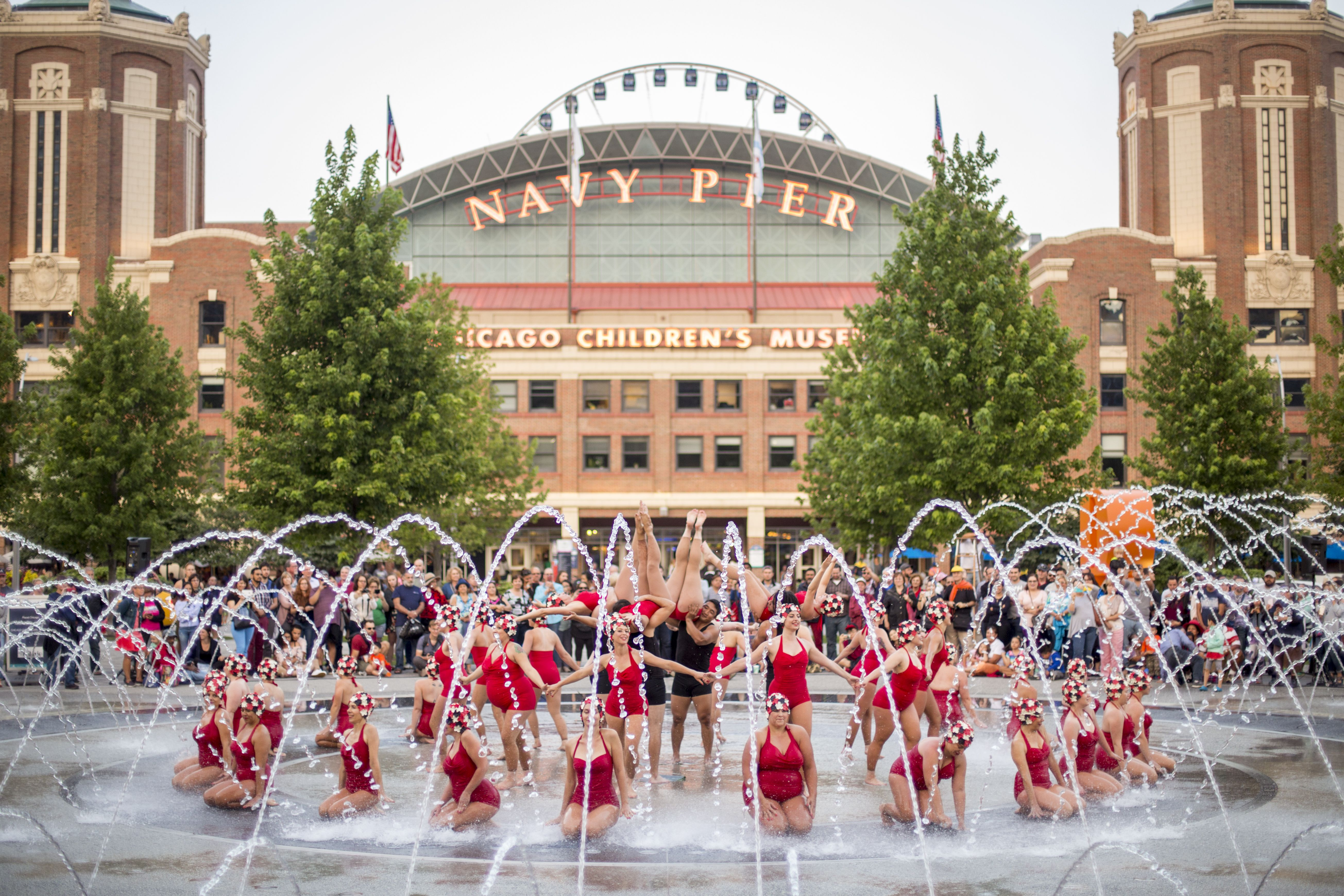 Navy Pier Closure What S Open What S Not Navy Pier Chicago Summer Navy Pier Chicago