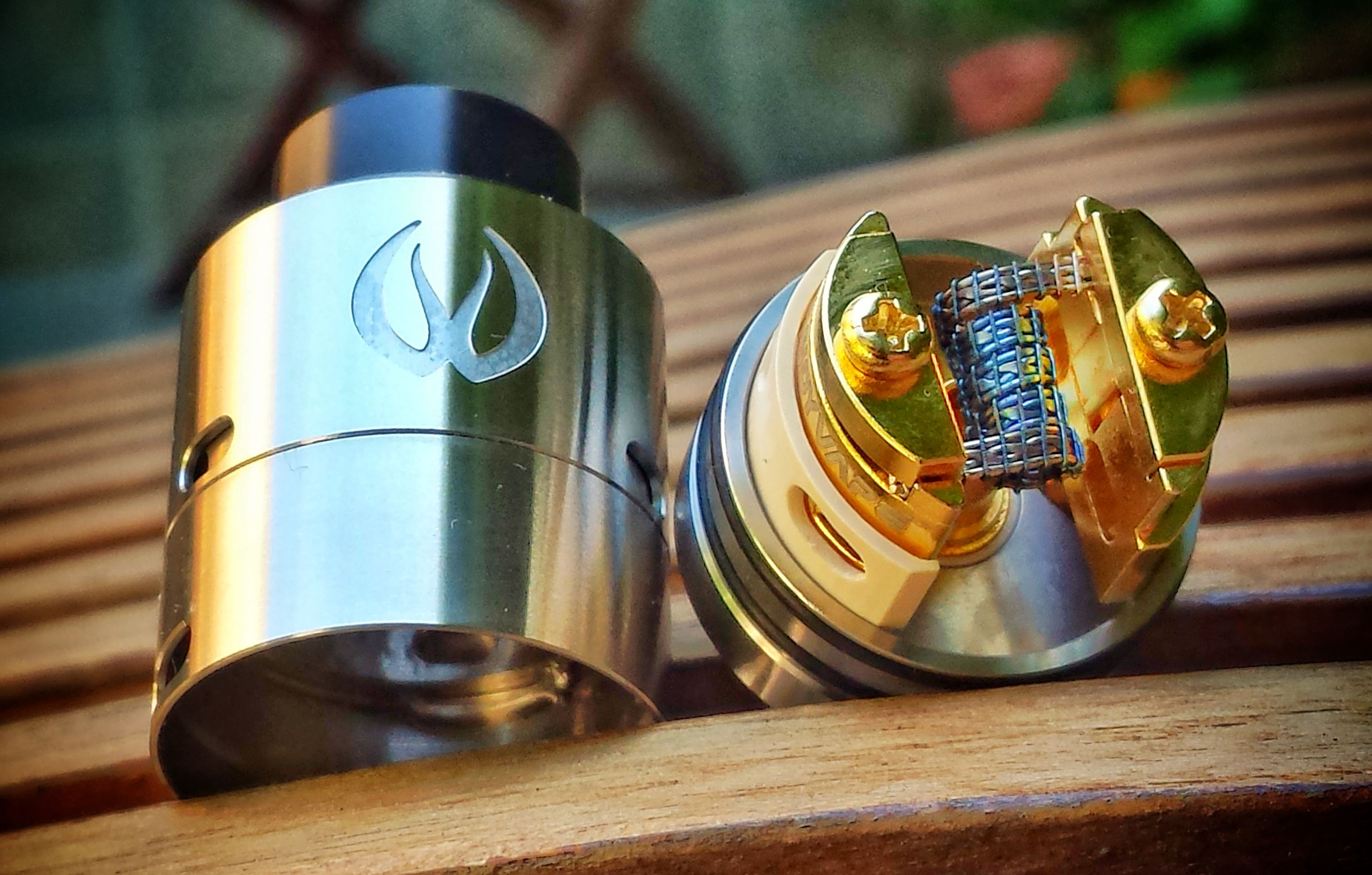 Beautiful single coil build on the Govad RDA 😍😍 Pic credit