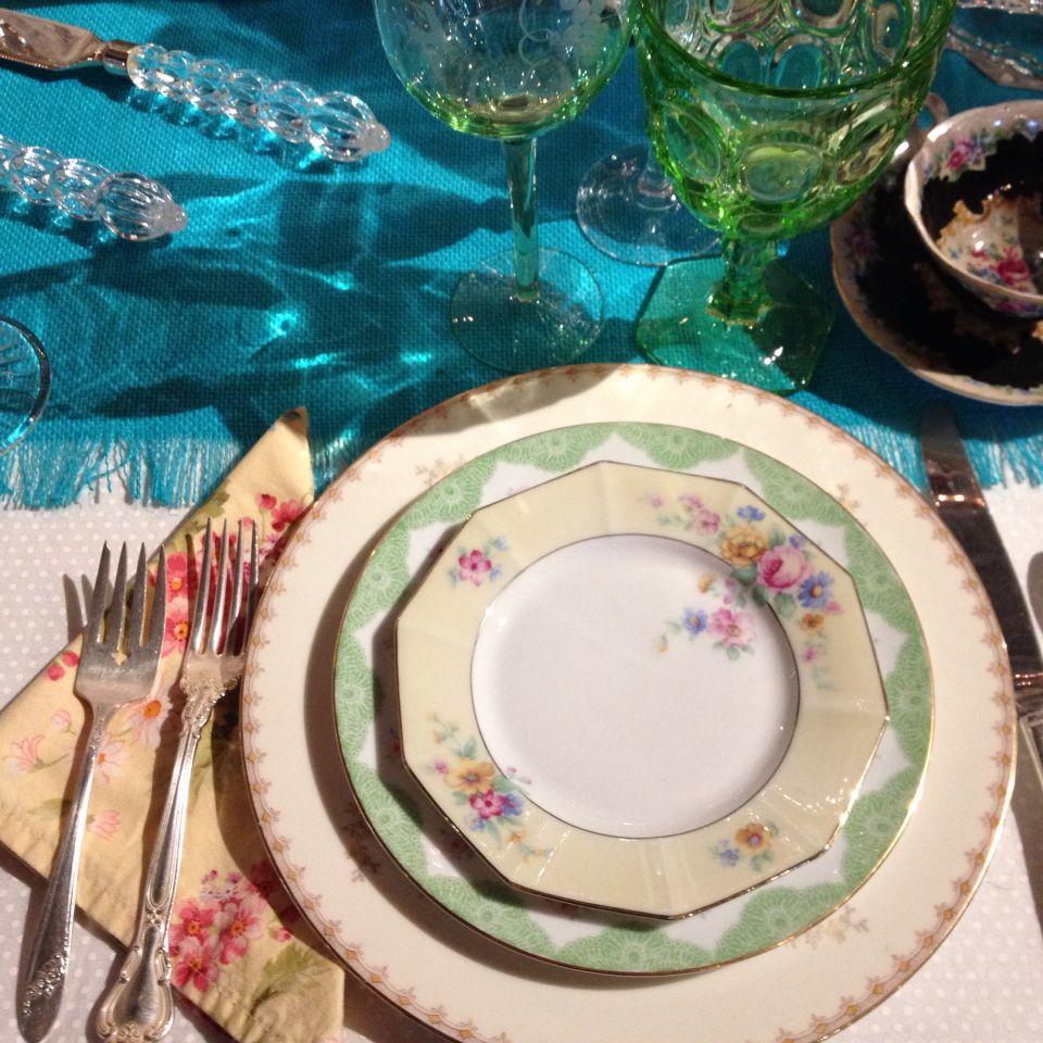 Pretty Plates Vintage Dish Rental & Pretty Plates Vintage Dish Rental | Bohemian Wedding | Pinterest ...