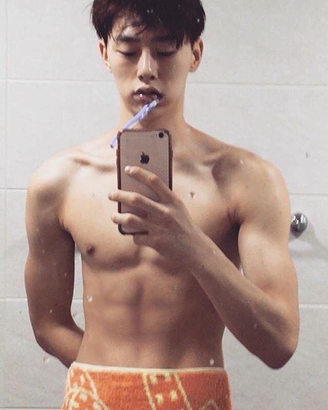 ผลการค้นหารูปภาพสำหรับ kwon hyun bin abs