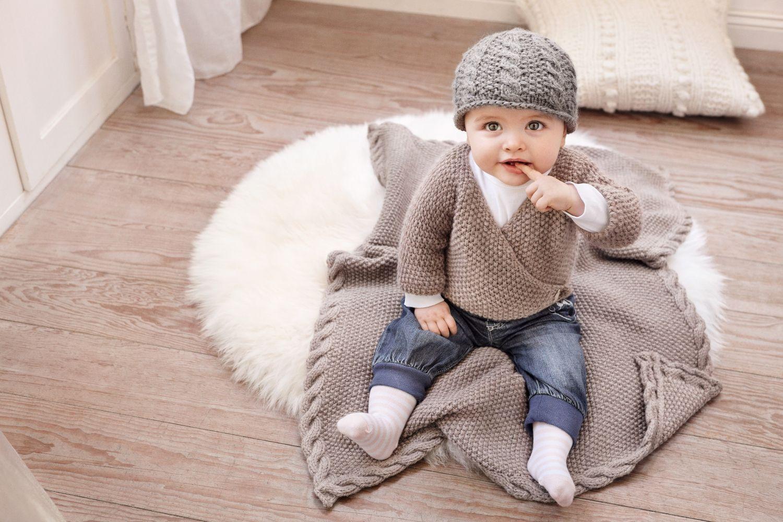 Eine Babyjacke, Mütze und Decke stricken | Pinterest | Baby outfits ...