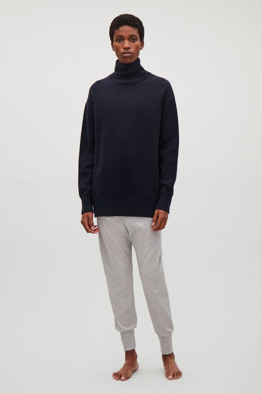 4a0997f312d COS   Oversize milano knit jumper   Things to Wear   Knitwear ...
