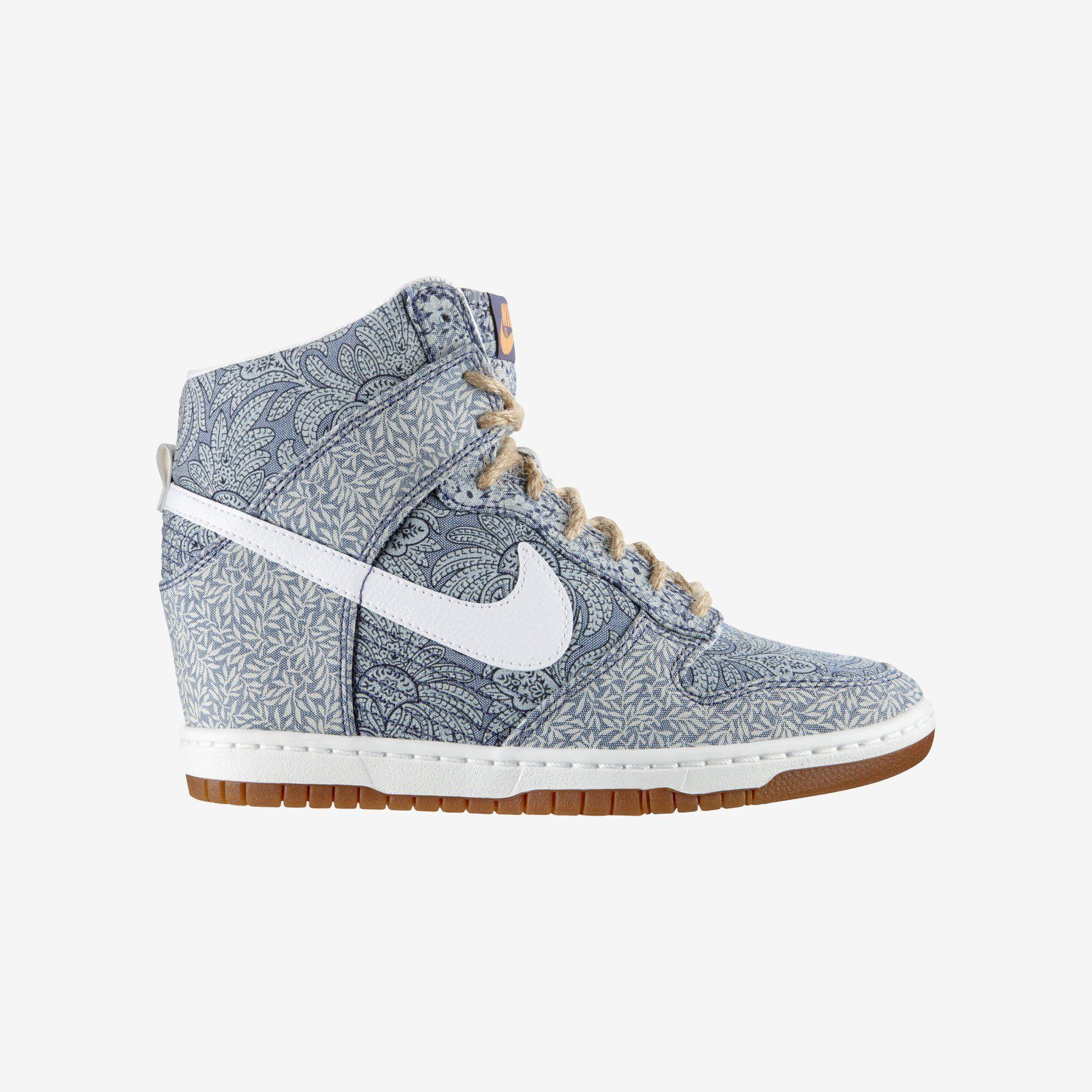 Nike Dunk Sky Hi Liberty Women s Shoe.  41e9bf1c7