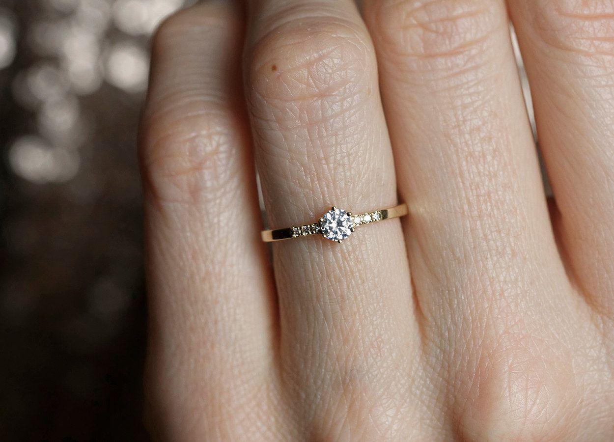 0 25ct Round Diamond Ring Prong Diamond Engagement Ring Etsy Small Engagement Rings Round Diamond Engagement Rings Yellow Gold Round Diamond Engagement Rings
