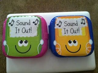 """""""Sound it out"""" ipods - CUTE Literacy Center activity!!"""