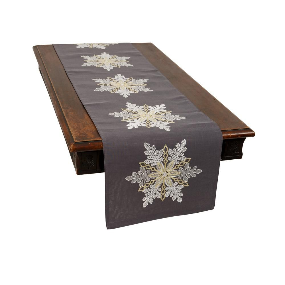 Xia Home Fashions 0 1 In H X 15 In W X 70 In D Sparkling Snowflakes Embroidered Double Layer Christmas Table Runner Xd189031570 The Home Depot In 2020 Christmas Table Runner Christmas Table Table Runners
