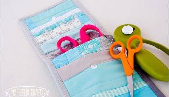 Pinking Shears Quilted Pouch Tutorial