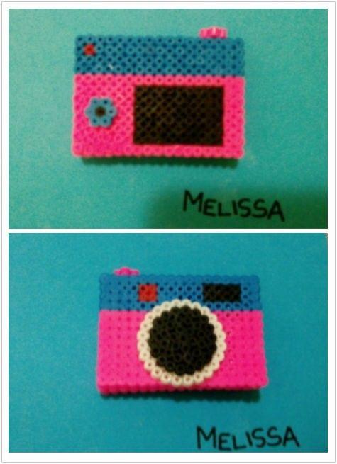 Fotocamera in pyssla- hand made