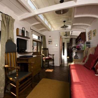 All Aboard: 9 Railroad Cars Converted into Homes | Train car, Tiny