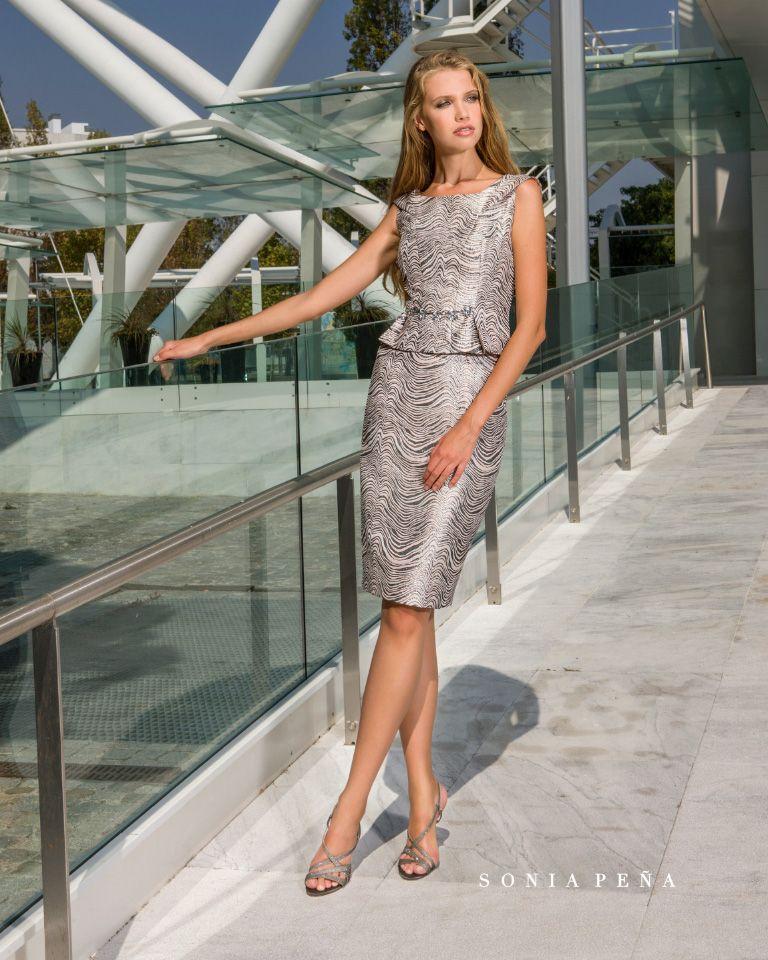f6b55d92829e Vestido Corto. Colección Primavera Verano 2018 Avant Garde. Sonia ...