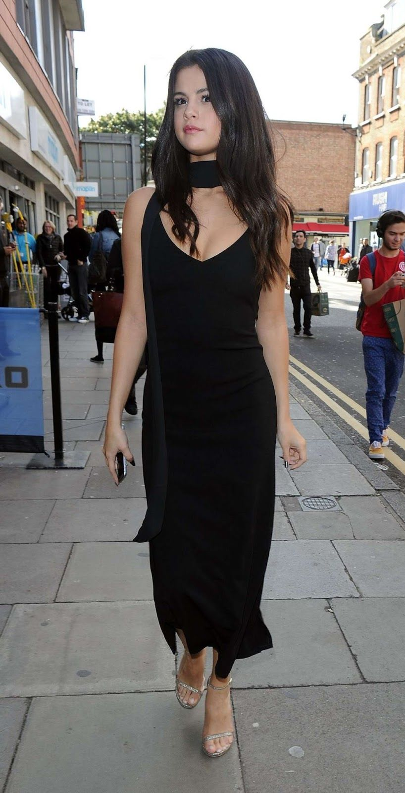 Selena Gomez Struts In Style A Black Dress London