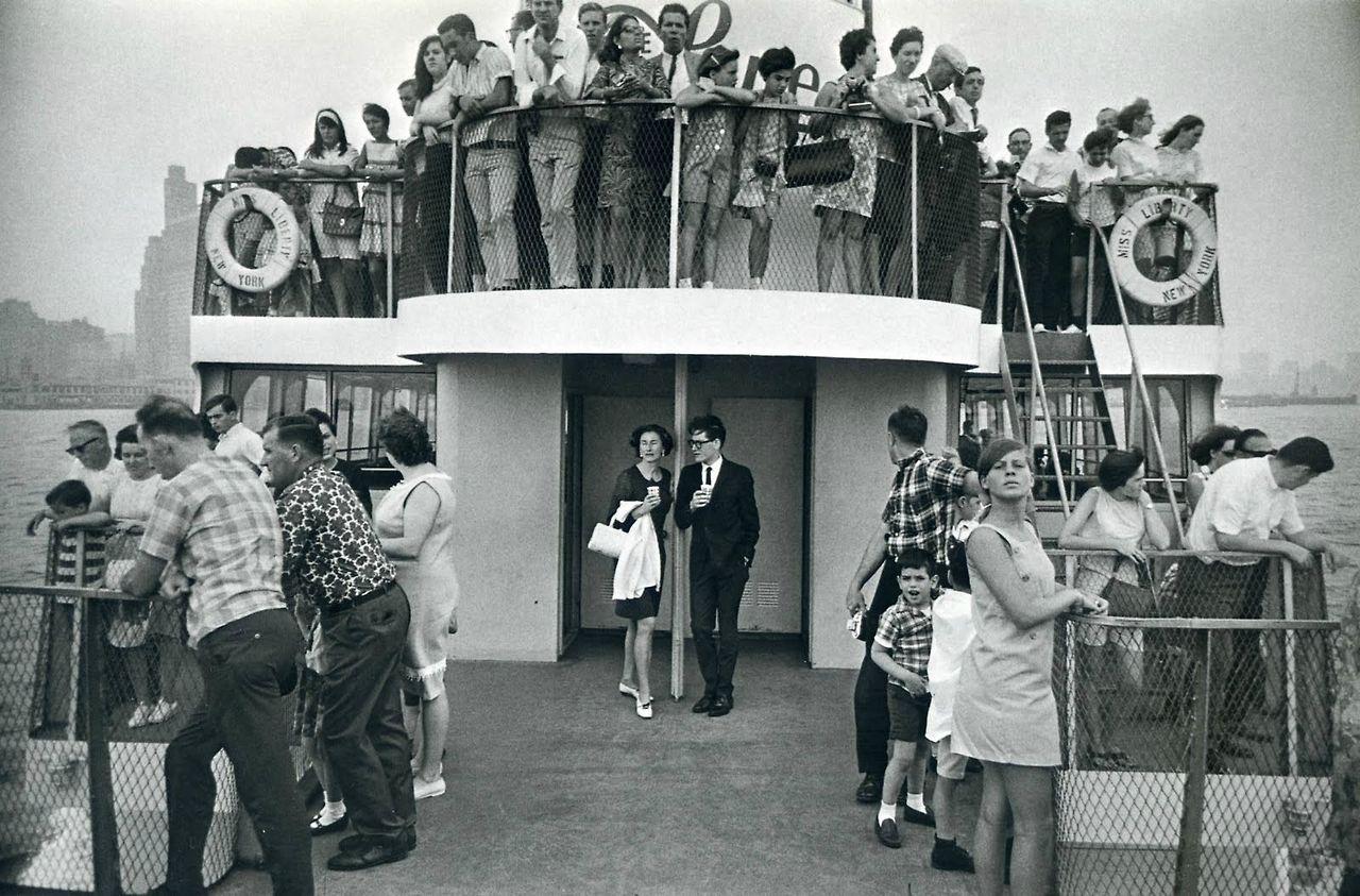 Garry Winogrand. Circle Line Stautue of Liberty Ferry, New York, 1971