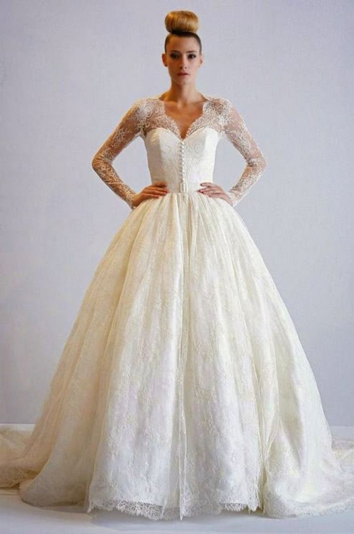 Back to Tradition With Classic Bridal Gown Silhouettes | Bridal ...