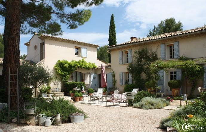Can you look at these french country farmhouses without for Provence homes